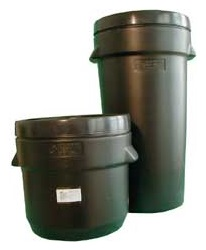 BARRELS, PALETTE > Drums, barrels, canisters > Canisters, barrels, buckets > Clinic box >  big